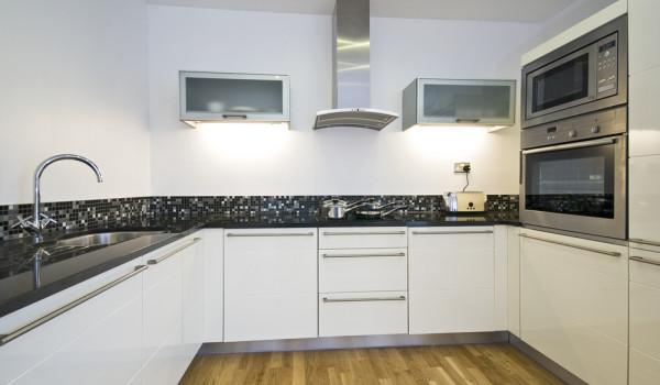 kitchen refurbishment 12